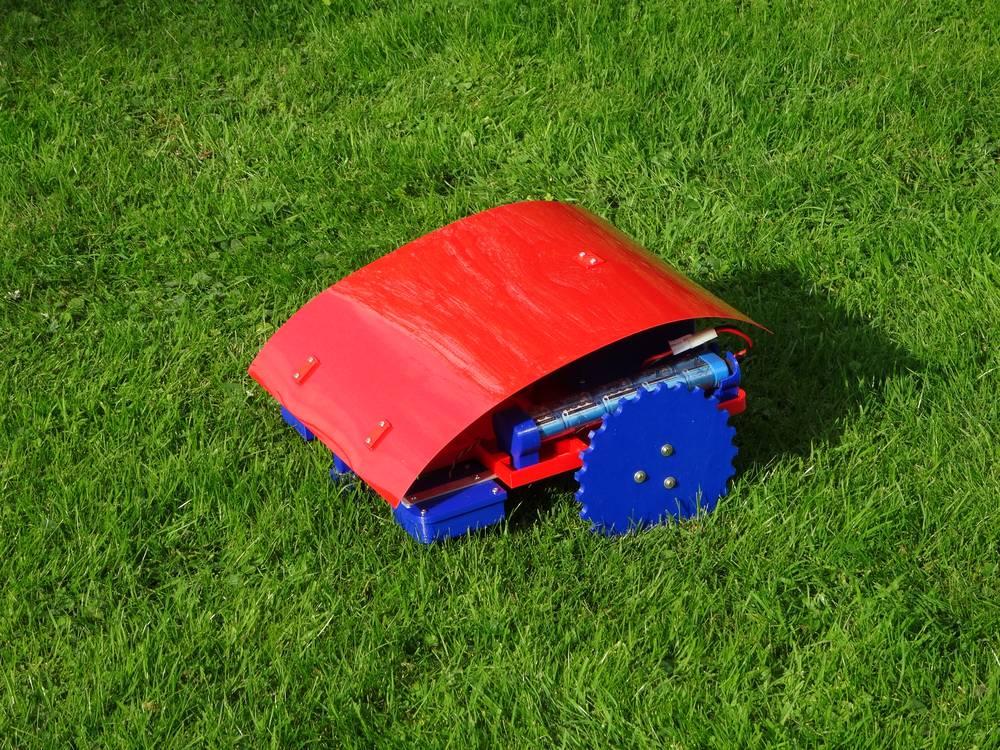 Reprap-Windturbine: robotic lawn mower